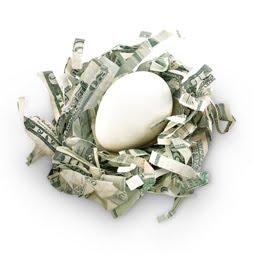 Ägg inbäddat i pengar